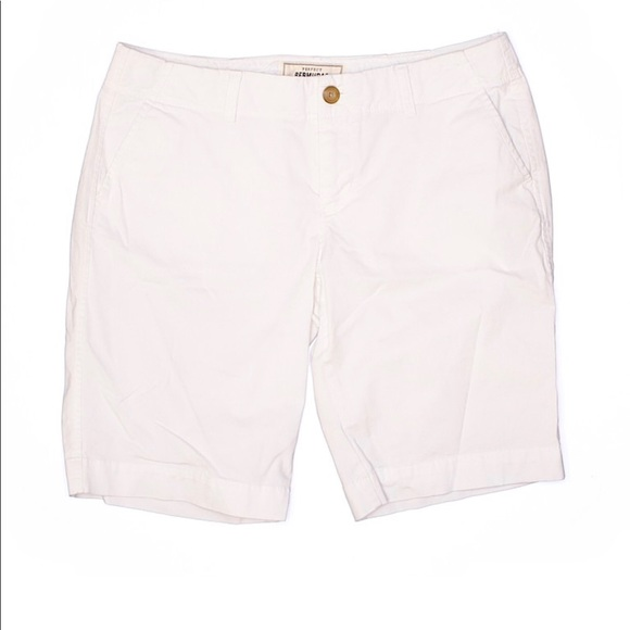 Old Navy Pants - Old Navy Perfect Bermudas White Low-Rise Size 8